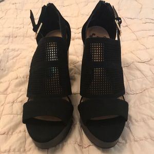 Report black wedges size 7 1/2 brand new with tags